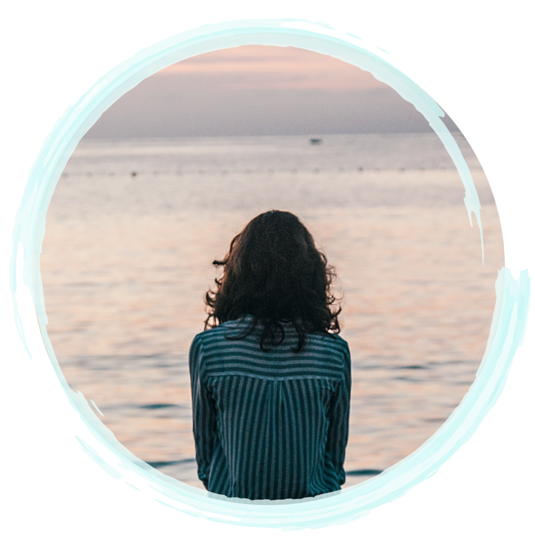 Lady looking at water | Individual Counseling & Individual Therapy | A Peaceful Mind Counseling Group | Counselors In Fort Myers | Counselors In Fort Lauderdale